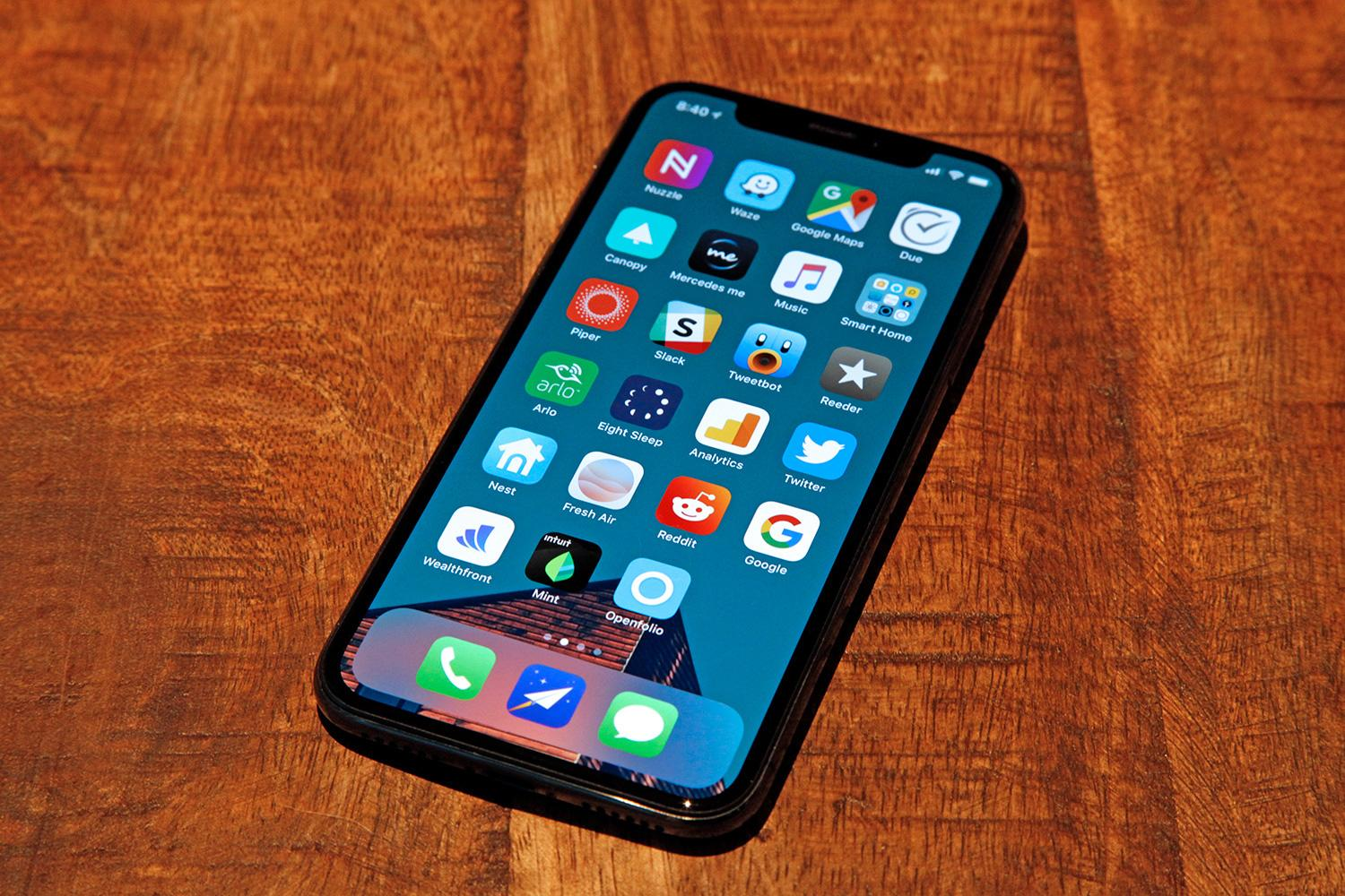 new report claims apple will dump the iphone x notch in 2019. Black Bedroom Furniture Sets. Home Design Ideas