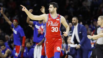Too many men: 76ers caught with 6 on court