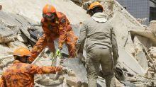Prédio residencial de 7 andares desaba em Fortaleza; vítimas são procuradas