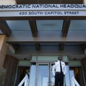 Cybersecurity expert: DNC email hack 'reeks of Russia'