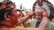 Contra o fantasma da prisão da Lava Jato, índios 'fecham o corpo' de Lula