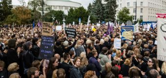 'Save Women' rally in Poland against near-total abortion ban