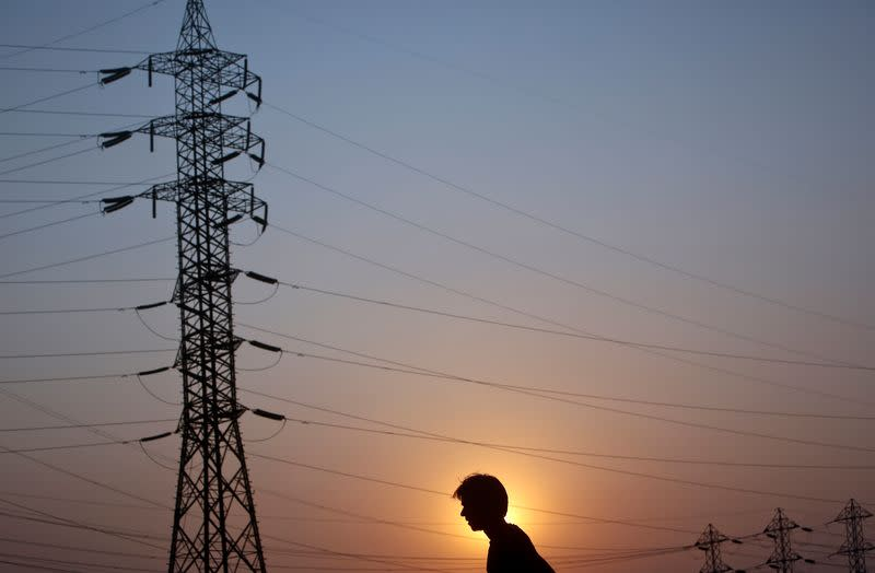India seeks to curb Chinese power equipment imports amid tensions