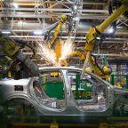 Renault Slumps as Profit Warning Deepens Auto Industry Gloom