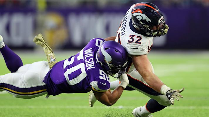Broncos' Andy Janovich suffers gruesome arm injury (Warning: Graphic Video)