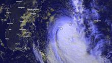 Tempête tropicale à La Réunion : deux morts dans une coulée de boue