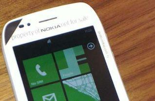 Nokia Sabre brandished ahead of launch, expected to unveil its Mango of steel next week?