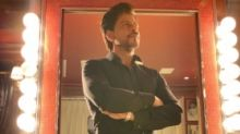 Shah Rukh Warns Fan After He Raves About 'Anjaam' Song Stunt