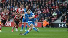 Premier League: Arter's woeful spot-kick denies Howe's men against Southampton