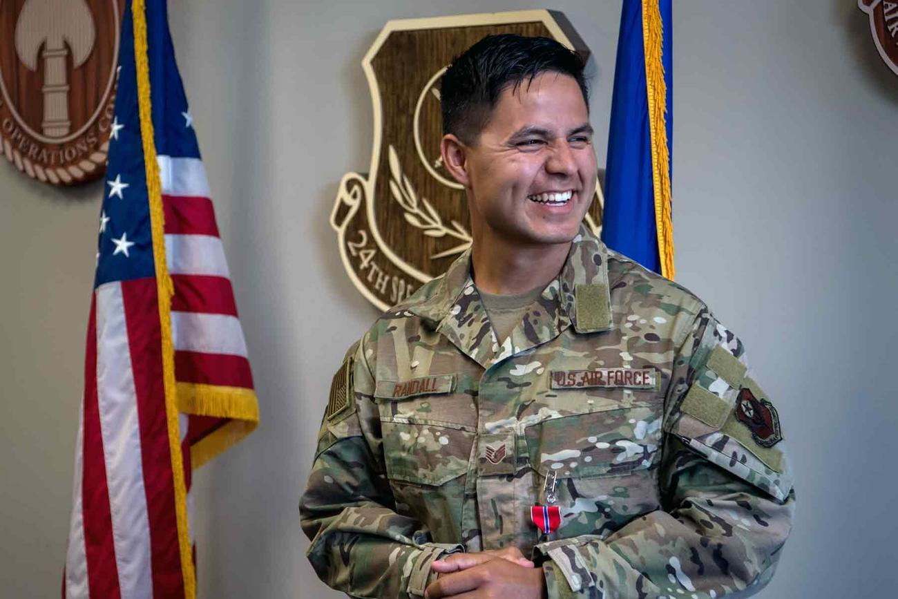 Airman Awarded Bronze Star for Providing Care to More than 600 Casualties in ISIS Fight