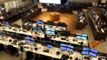 Ibovespa fecha em alta novamente guiado por Petrobras, em sessão positiva para emergentes