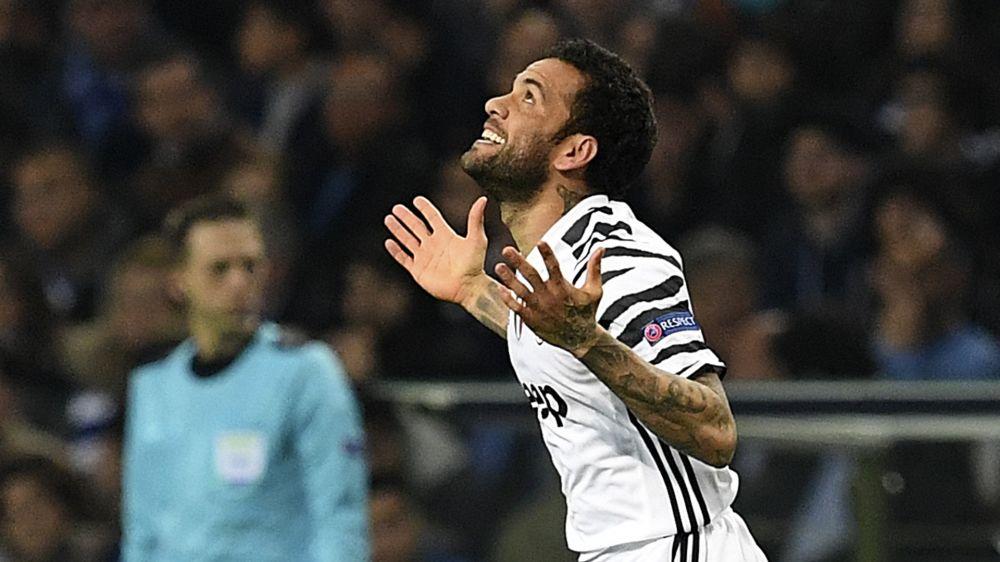 Ora Bolas: Dani Alves rejeita oferta maior do Chelsea e já tem chegada prevista ao City