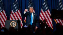 Trump contradice a sus expertos y promete 100 millones de vacunas para fin de año