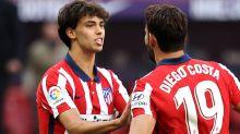 Joao Félix deslumbra en el debut del Atlético ante el Granada: Gol, asistencia, penalti y un sinfín de regates y sombreros