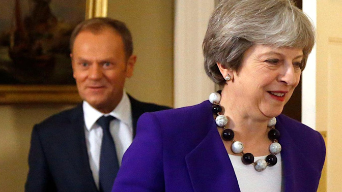 EU gives green light for Brexit trade talks to begin