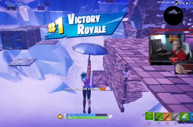 'Fortnite' player Tfue presses his esports team to #ReleaseTheContract
