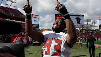 Bucs parting ways with McCoy after 9 seasons