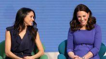 Royaler Dresscode: Das dürfen die Herzoginnen Meghan und Kate in Anwesenheit von Queen Elizabeth II. nicht tragen