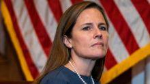Le Sénat valide l'entrée de la juge Amy ConeyBarrett à la Cour suprême desÉtats-Unis
