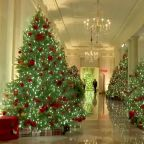 White House unveils Christmas decorations