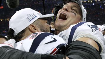 Gronk filled teammates in on plans for future