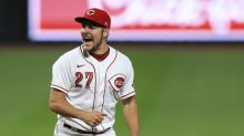 Report: Trevor Bauer signs with defending champion Dodgers, spurning Mets