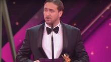 Ryan Gosling impersonator crashes ceremony and accepts La La Land award on live German TV