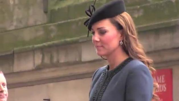 Kate Middleton Can't Believe To Be A Mother (WHY)