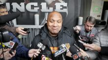 Report: Steelers interview former Browns coach Hue Jackson for offensive coordinator position