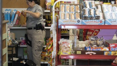 USDA: Strong jobs report backs cutting food stamps