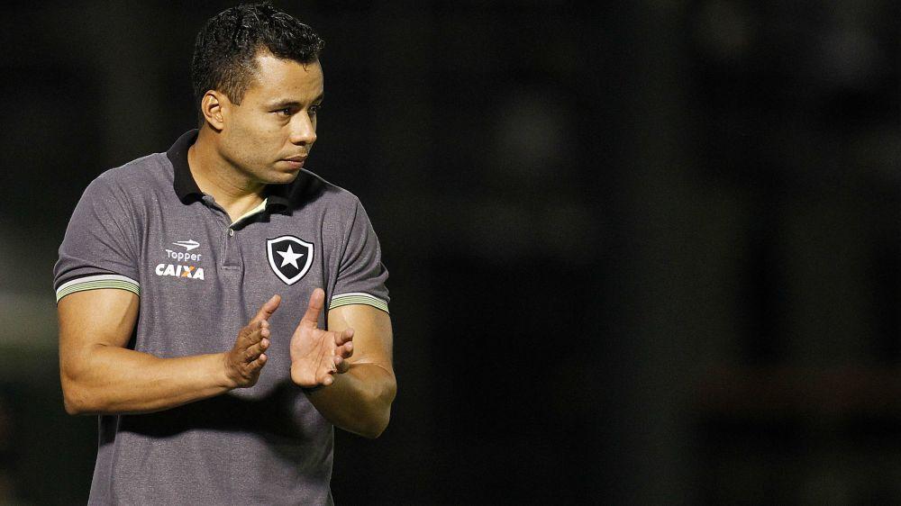 Jair Ventura é o maior técnico do Botafogo na última década