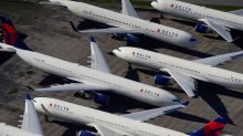 U.S. senators urge Delta, JetBlue to restore employee hours