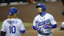 Betts out of Dodgers' lineup at San Diego with finger injury