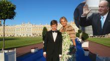 La foto del rey Juan Carlos I con el hijo de Corinna se hace viral