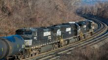Norfolk Southern Breaks Out On Bullish Operating Targets