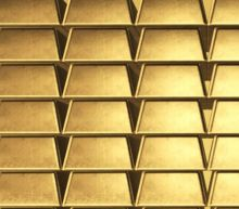More Than $300M in Gold Falls From Sky After Hatch Blows Open on Russian Cargo Plane