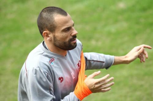 Cavalieri treina e Abel confirma Scarpa fora contra o Criciúma