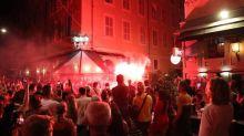 Foot - C1 - OM - Ligue des champions: à Marseille, plusieurs milliers de personnes fêtent la défaite du PSG