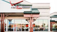 Is Verizon Stock A Buy? Shares Fall Below 50-Day, 200-Day Moving Averages