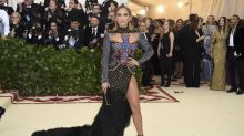 Jennifer Lopez la Mejor Vestida de la Gala MET