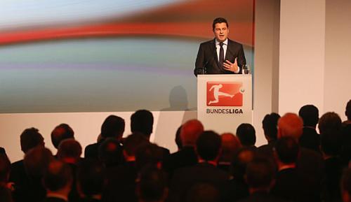 Bundesliga: DFL-Chef Seifert hält an 50+1 fest