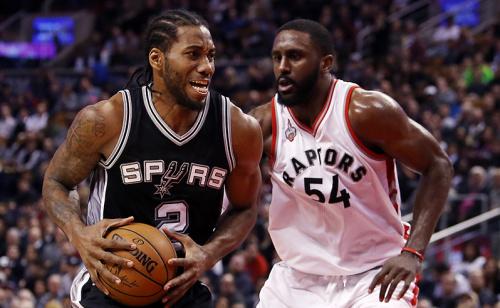 Spurs e Raptors podem carimbar vaga nesta quinta-feira
