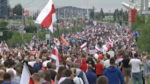 Decenas de miles de manifestantes desafían la feroz represión de Lukashenko en Bielorrusia