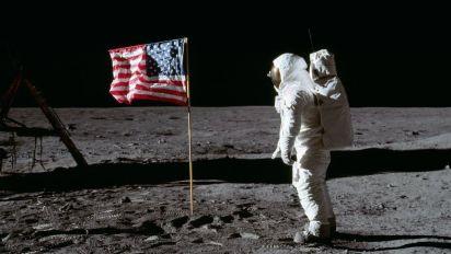Pouso na Lua é falso? Especialista explica