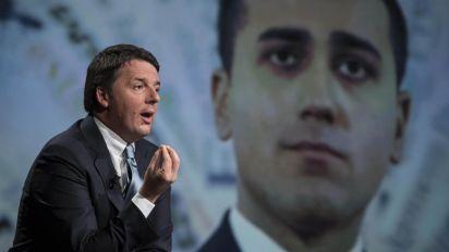 """Pensioni, Renzi contro Di Maio: """"E' una follia tagliare quelle da 2.300 euro"""""""