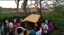 Kushinagar accident: Van driver had earphones plugged in, say eye-witnesses