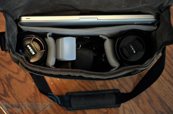 Ona Union Street DSLR / laptop messenger bag review