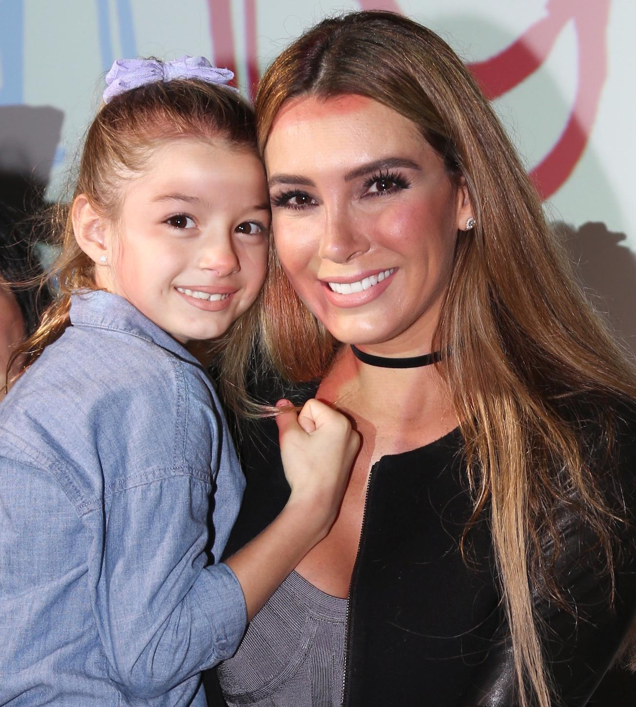 Discussion on this topic: Michele Deslauriers, elizabeth-gutierrez/