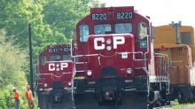 Investor Urges Canadian National To Drop Bid For US Railroad