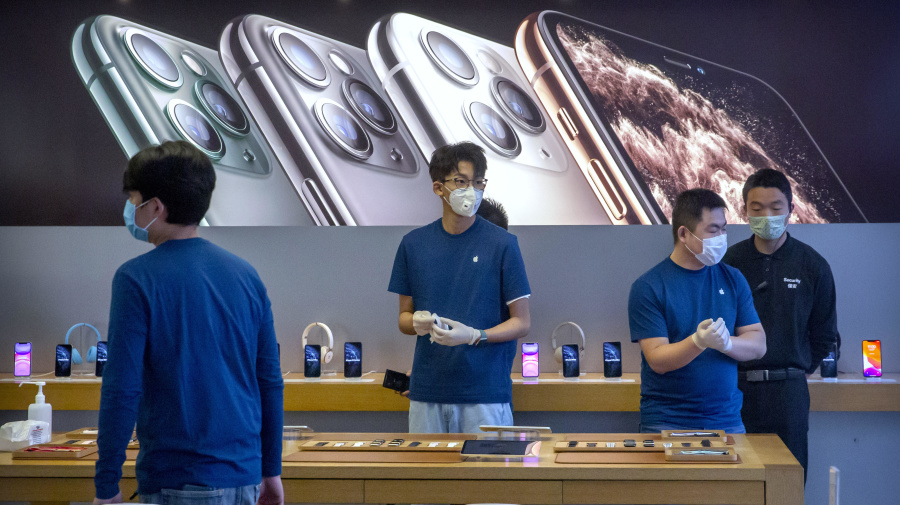 Apple won't meet revenue target due to virus